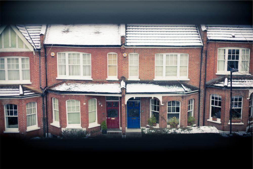 maison-porte-couleur-neige