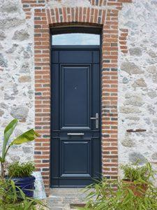 Porte-exterieure-sur-mesure-vitree