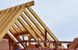 construction-toit-maison-bois